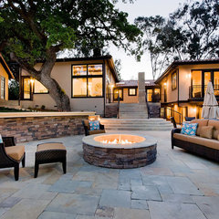 contemporary patio by mark pinkerton  - vi360 photography