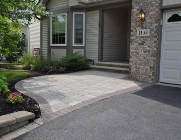 Aurora - Front Sidewalk & Porch