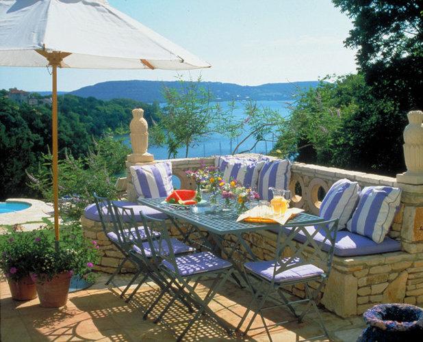 Nice Mediterranean Patio by McDugald Steele