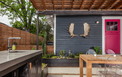 Patio Details: See What Makes Up This Outdoor Room in Houston