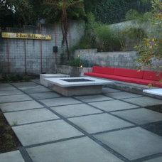 Contemporary Patio by Urban Organics Design, Inc.
