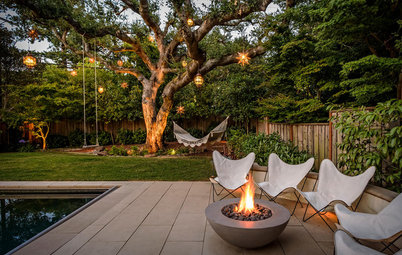 The Artful Garden: Enchanting Lighting