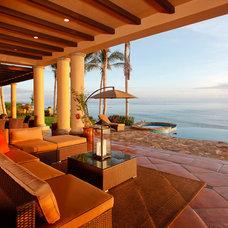 Beach Style Patio by Robert Puleo Design