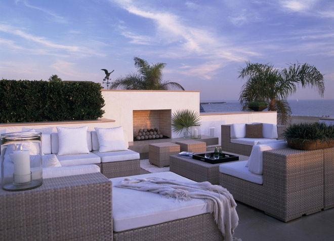 Contemporary Patio Balboa Peninsula Residence
