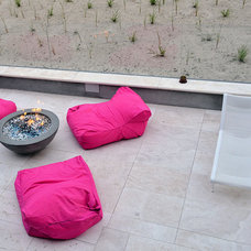 Beach Style Patio by West Chin Architects & Interior Designers