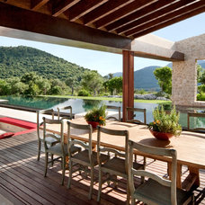 Contemporary Deck by Llama Property Developments