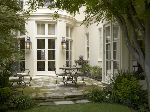 Traditional Patio by Gast Architects