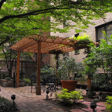 Beekman Gated Courtyard