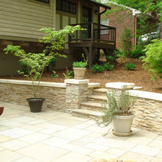 Traditional Patio by Realstone Systems