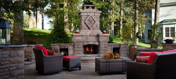 Traditional Patio by Belgard