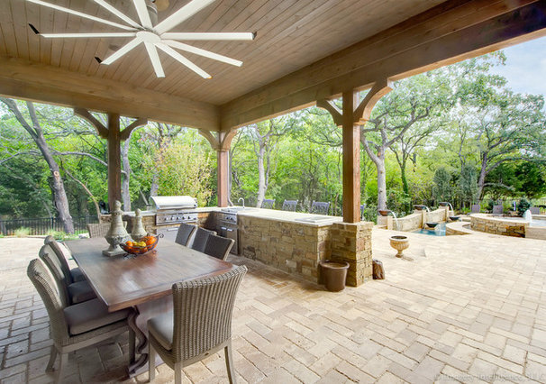 Traditional Patio by Venetian Homes