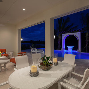 Patio - patio idea in Miami