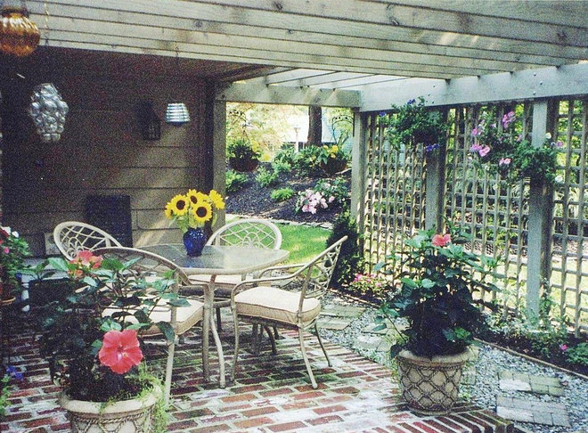 Eclectic Patio by EASYdesigns