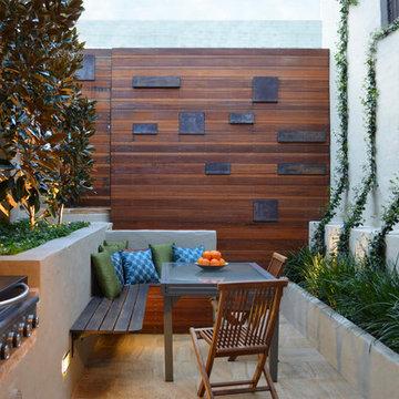 Birchgrove - Tiny Courtyard