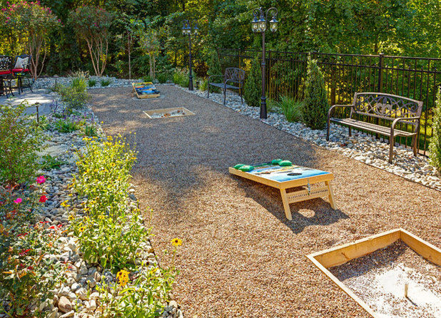 12 Backyard Games To Play All Summer Long