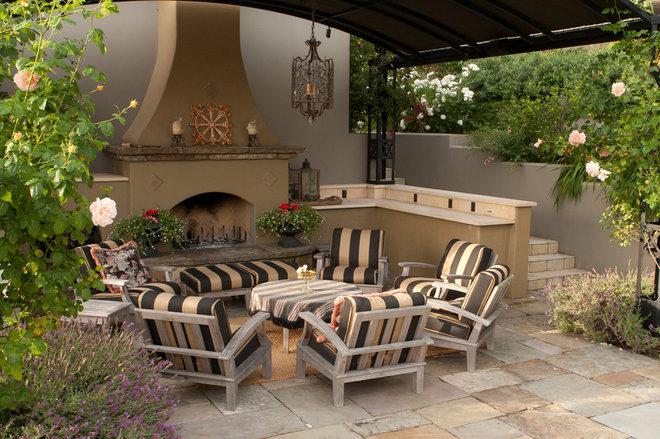 Traditional Patio by Design Focus Int'l Landscape Architecture & Build