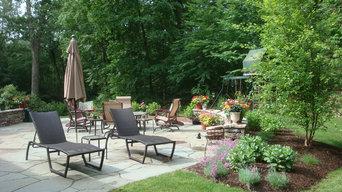 Bluestone Patio Garden