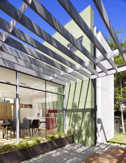 modern patio by Baldridge Architects