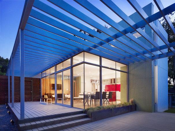 Modern Patio by Baldridge Architects