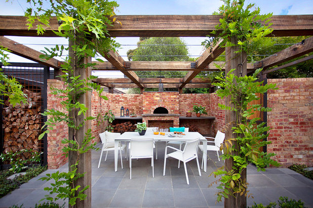 Traditional Patio by Ian Barker Gardens