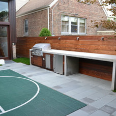 Contemporary Patio by Chicago Roof Deck and Garden