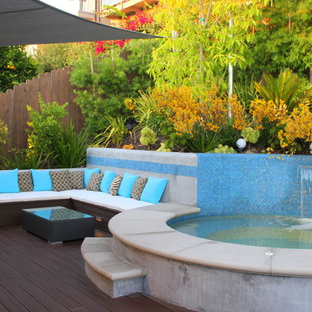 Example of a trendy patio fountain design in Orange County