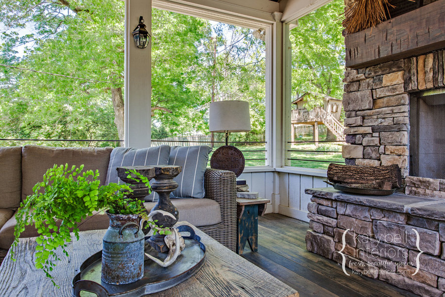 Brentwood Outdoor Porch