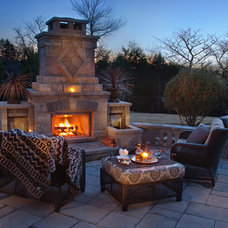 Traditional Patio by Elements of Eden