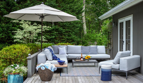 9 Ways to Bring Pantone's Classic Blue Outside