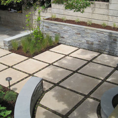 modern patio by InsideOut Design, Inc