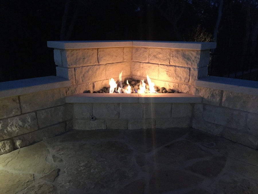 Built-in gas fire feature