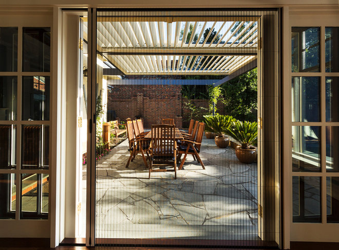 Transitional Patio by Ardent Architects