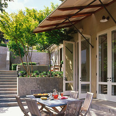 Contemporary Patio by BAR Architects
