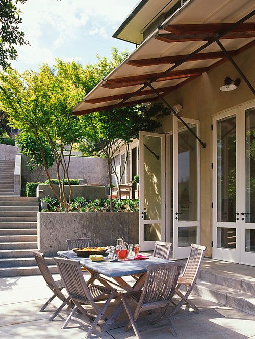 Contemporary Patio Idea In San Francisco With An Awning
