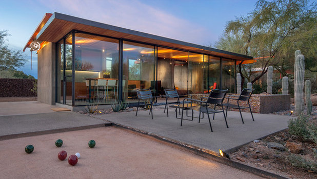 Contemporary Patio by the construction zone, ltd.