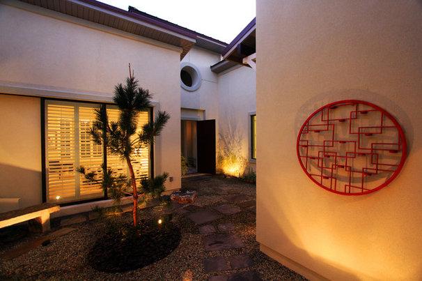 Modern Patio by Dostie Homes