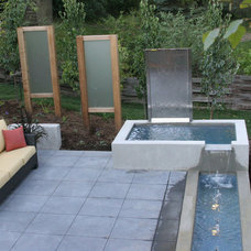 Patio by Earthscape - Pools and Water Features