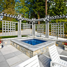 Traditional Patio by DESIGN GUILD HOMES