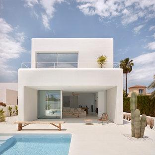 Diseño de patio minimalista sin cubierta