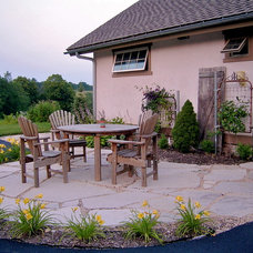 Traditional Patio by TimberGuides Design&Build