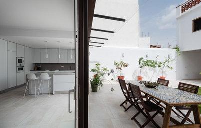 Una reforma de estilo moderno en una casa de pueblo en Valencia