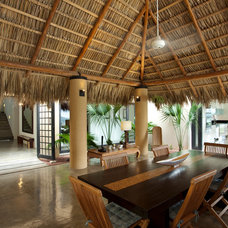 Tropical Patio by ABC Real Estate Costa Rica