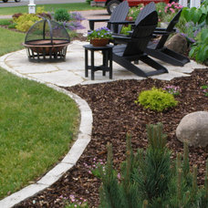 Traditional Patio by Richard Woldorsky MNLA  / Bachman's Landscapes