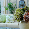 10 Relaxing (Restrained) Themes for Outdoor Rooms