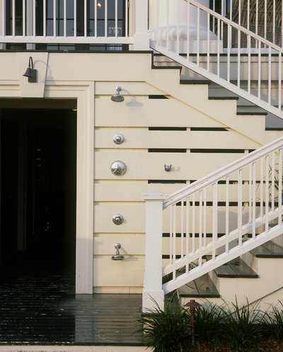 Traditional Patio by Chadsworth Columns
