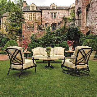 Elegant patio photo in Birmingham
