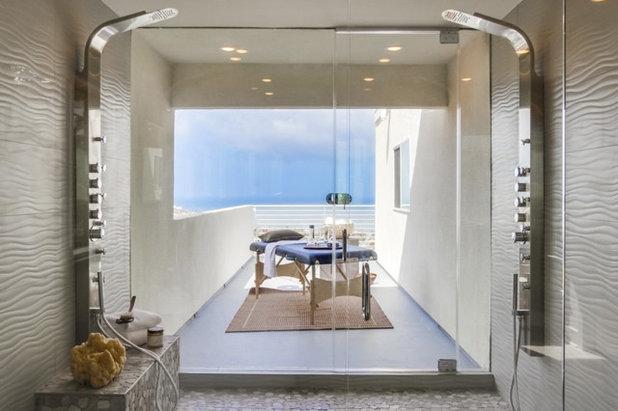 コンテンポラリー テラス・中庭 by Lux House Staging