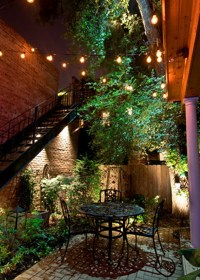 Traditional Courtyard by Accents Lighting