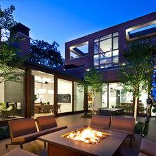 Contemporary Patio by Stephanie Wohlner Design