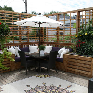 Design ideas for a classic patio in Chicago with decking.